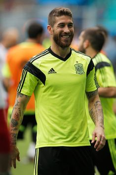Sergio Ramos Photos: Team Spain Training Session #sonrisa #barba #tatuajes