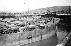 Swansea Docks-Docks at War page 2 Wales Map, Army Vehicles, Cymru, Swansea, South Wales, Homeland, Old Photos, Britain, Castle