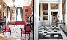 Ledreborg, Denmark Rosensalen i paradvåningen med danska Louis XVI-möbler från 1780-talet. Väggarna ovanför trappan till våningen är klädda med nederländska må...