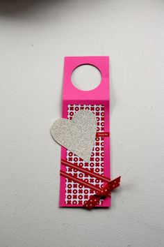 Valentine gift tag, wine bottle hanger, bottle topper, hostess gift, handmade, one of a kind topper by mamaguccis, heart, ribbon, glitter by MamaGuccis on Etsy
