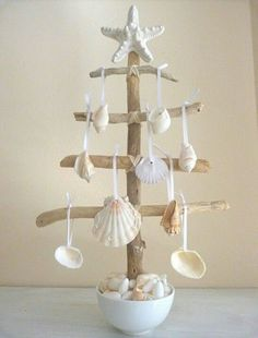 beach-christmas-decor-ideas-17