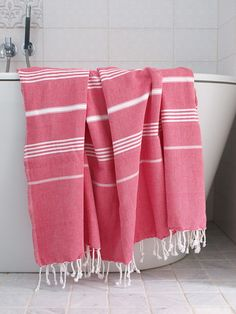 Enjoy the little things in life like; our Turkish Towels :) It's made of natural cotton which ensures it is super soft. Textiles, Turkish Bath Towels, Luxury Towels, Pool Towels, Linen Curtains, Tear, Striped Linen, Bathroom Inspiration, Beach Towel