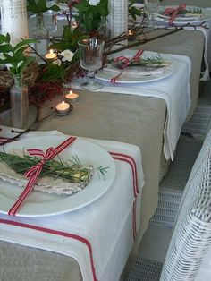 Christmas tablescape with tea towel placemats