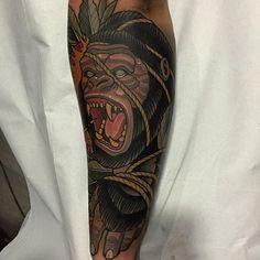 Neo Traditional Tattoo by Rodrigo Kalaka NeoTraditional NeoTraditionalTattoos NeoTraditionalTattooing NeoTraditionalArtists BestArtists RodrigoKalaka monkey rope