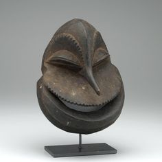 Misi gwa so'o (Chimpanzee Mask), Hemba ^ Minneapolis Institute of Art African Masks, African Art, African Wood Carvings, Mask Images, Watercolor Paintings Abstract, Abstract Art, Cool Masks, Carnival Masks, Masks Art
