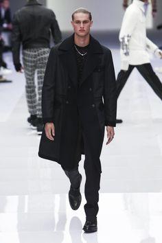 Versace unveiled  menswear fall/winter 2016 collection. Milan Fashion Week.