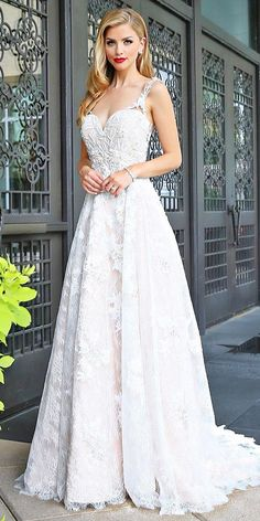 Lace Wedding Dresses That You Will Absolutely Love ❤ See more: http://www.weddingforward.com/lace-wedding-dresses/ #weddings