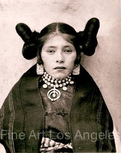"""Hopi Maiden""  Adam Clark Vroman 1901, so gorgeous. Look at that squash blossom!"
