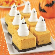 Pumpkin Cheesecake Bars, what a perfect idea for Halloween Treats