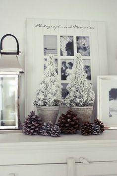 Schattige Kerstboompjes met sneeuw