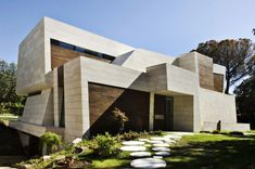 Phenomenon 65+ Spectacular & Unique Home Architecture Ideas https://freshoom.net/architecture-ideas/awesome-spectacular-unique-home-architecture-ideas-2017/
