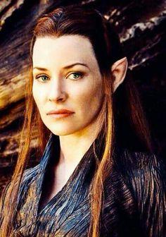 Tauriel she elf hobbit