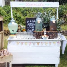 Our refreshment stand for  S+R...#rubawn #wedding #weddingsign #weddingdetails #weddingdrinks #drinkstable #lemonadestand #punch #lemonade #cocktails #partyplanning #partyideas