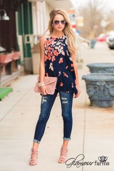 Inspiring Spring Outfits Ideas for Young Mom 18