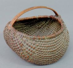 Fine miniature tightly woven buttocks basket, c. Old Baskets, Woven Baskets, Vintage Baskets, Basket Weaving, Bee Skep, Egg Basket, Market Baskets, Buckets, Tins