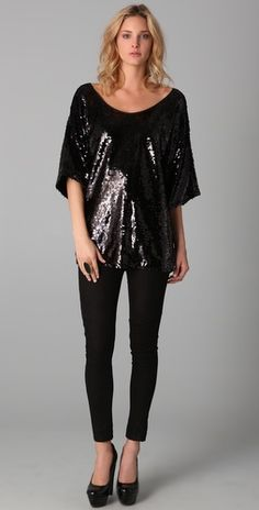 Rachel Zoe, your baggy look is underwhelming and makes me yawn. Season after season after season.