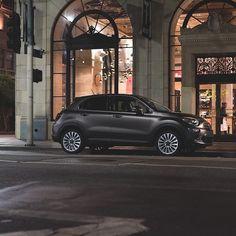 The latest modern Italian art piece. The All-New #FIAT500X.