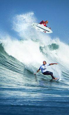 2014 Quik Pro France Round 1 Highlights HERE Surfers   Kelly Slater (above) Matt Wilkinson (below) Photo   aspworldtour