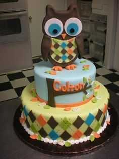 Owl boy cake