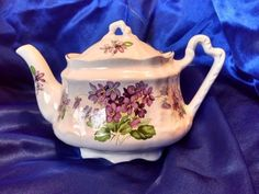 Antique Arthur Wood & Son, Staffordshire England, Teapot, Floral Pattern 6647 #ArthurWood