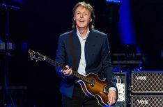 """McCartney 3,2,1"" Docu-Series Coming to Hulu - Disney Plus Informer Peter Berg, Frank Marshall, Top Albums, Album Sales, Sir Paul, The Big Hit, Disney Plus, New Uses, Paul Mccartney"