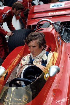 1970 - L'autrichien Jochen Rindt au volant de sa Lotus 72 au volant de laquelle il remportera Championnat du Monde des Pilotes ... à titre posthume malheureusement.