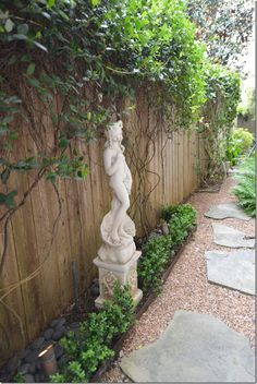 Cote de texas- french garden path