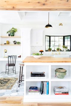Decorating Mistakes You Can Fix in 15 Minutes or Less (Seriously) via @MyDomaine