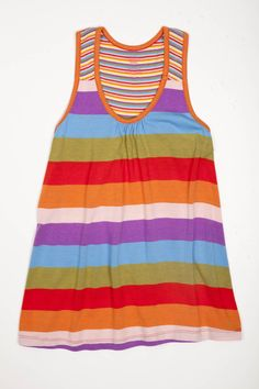 This comfy, easygoing tank is ideal for the beach.