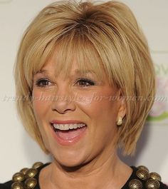 short+hairstyles+over+50,+hairstyles+over+60+-+layered+bob+haircut+with+bangs