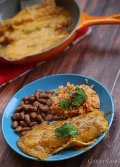 Authentic cheese enchiladas are made with real cheese and enchilada gravy. Check out this recipe for real, delicious cheese enchiladas! Authentic Mexican Recipes, Mexican Food Recipes, Entree Recipes, Beef Recipes, Dinner Recipes, Dinner Ideas, Lunch Ideas, Sauce Enchilada, Food Cakes