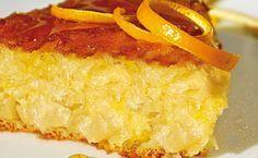 Ζουμερή πορτοκαλόπιτα. Τέλειο, μοσχοβολιστό γλυκό που θα αρέσει σε όλους! Μια γευστική και υπέροχη συνταγή. 1 πακέτο φύλλο κρούστας 1 ποτήρι ζάχαρη 1 πο