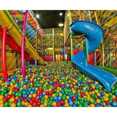 i want to go to one of these again sooo bad!! im sooo weird.... lol