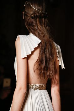 Grecian inspired pleated detailing on this Valentino Couture Spring 2016 gown.  So beautiful!!!