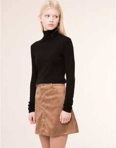 BUTTONED SUEDETTE SKIRT WITH POCKETS - SKIRTS - WOMAN - PULL&BEAR Bulgaria