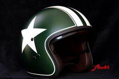 Custom Painting Helm Stern retro Rennstreifen weiß gruen