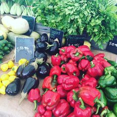 Today we're at the Orange Grove Markets... don't forget to come by to say howdy. If you can't make it you can also shop all your 100% certified organic produce online: http://ift.tt/2lo7KvJ #food #organic #organicliving