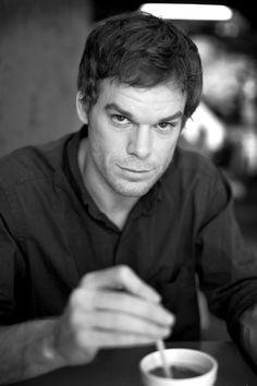 Dexter - Michael C. Hall. S)