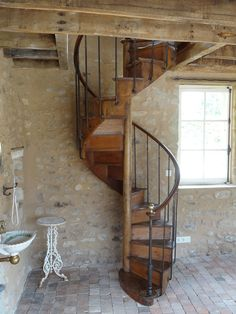 ideas for spiral stairs glass stairways Small Staircase, Attic Staircase, Loft Stairs, House Stairs, Spiral Staircase, Staircase Design, Metal Stairs, Concrete Stairs, Wooden Stairs