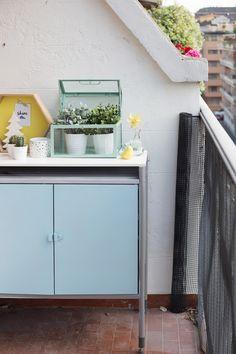 Ikea Hack - HINDÖ Outdoor Cabinet   via www.one-o.it   #outdoor #makeover #cabinet #hindo #diy #spraypaint
