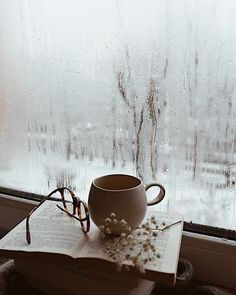 like-fairy-tales:By: Dominika Brudny Cozy Aesthetic, Autumn Aesthetic, Autumn Cozy, Colorful Wall Art, Coffee And Books, Window View, Book Nooks, Book Photography, Rainy Days