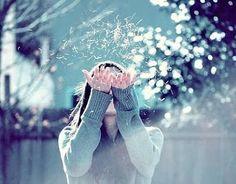 Tenho certeza que você já deve ter ouvido falar do Ho'oponopono e das lindas frases da oração do perdão: Sinto muito, me perdoe, te amo, sou grato.  Deve ter ouvido falar também que repeti-las pode mudar sua vida, mas o quanto dessa informaç...