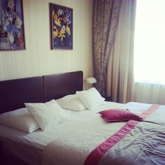 Hotel room Life Is Beautiful, Bed, Room, Furniture, Home Decor, Homemade Home Decor, Life Is Good, Stream Bed, Rooms