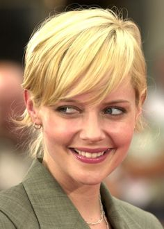 Cute Short Hairstyles Picture Marley Shelton Hair Photo - Free Download Cute Short Hairstyles Picture Marley Shelton Hair Photo #16720 With Resolution 360x504 Pixel | KookHair.com