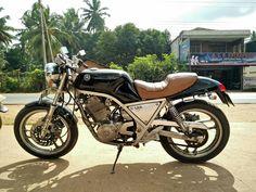 my SRX400 Dr 650, Yamaha Bikes, Cafe Racer Motorcycle, Bobbers, Cafe Racers, Scrambler, Jeeps, Honda, The Past
