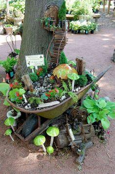Great 40+ Pretty DIY Fairy Garden Outdoor Ideas https://modernhousemagz.com/40-pretty-diy-fairy-garden-outdoor-ideas/