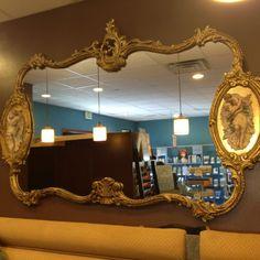 Gorgeous mirror at Arté de La Mano salon in Albuquerque.