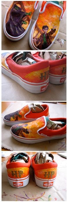Harry Potter Shoes (Deathly Hallows) Harry Potter Shoes, Harry Potter Items, Harry Potter Style, Harry Potter Hogwarts, When Is My Birthday, Converse, Vans, Mischief Managed, Deathly Hallows