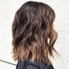 60 Chocolate Brown Hair Color Ideas For Brunettes - Best F 60 schokoladenbraune Haarfarbe Ideen für Brunettes – Beste Frisuren Haarschnitte 60 chocolate brown hair color ideas for brunettes color - Brown Balayage, Balayage Hair, Light Brown Ombre, Balayage Straight, Dark Chocolate Brown Hair, Chocolate Color, Bombshell Hair, Grey Blonde, Blonde Hair