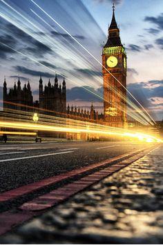 mystic-revelations:  London lights By Tom Jeavons